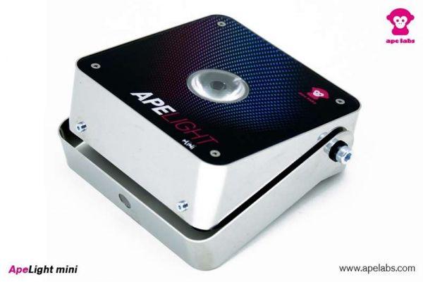 APE LABS ApeLight Mini, akkubetriebener LED Spot